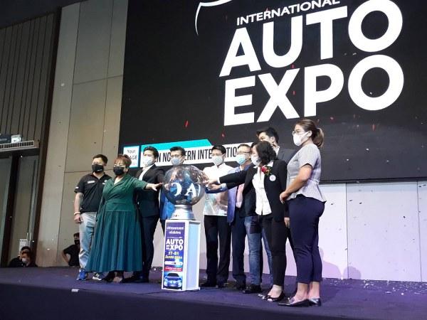 """E-SAN NORTHERN INTERNATIONAL AUTO EXPO"" กระตุ้นเม็ดเงินสะพัดกว่า 200 ล. และการท่องเที่ยวในระดับภูมิภาคให้ตื่นตัว (มีคลิป)"