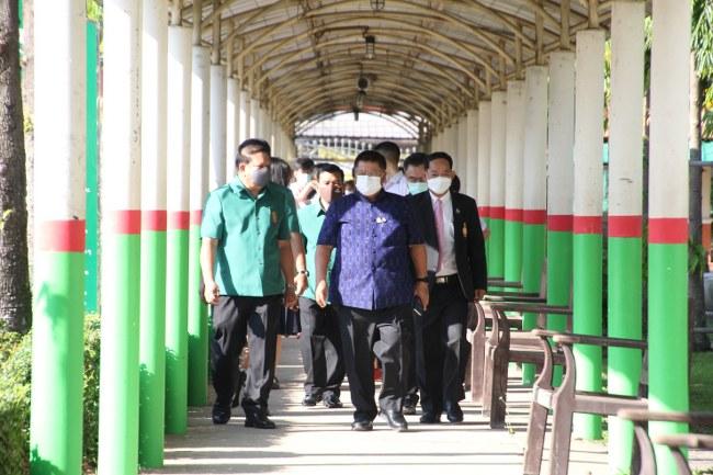 สถานศึกษา 614 แห่ง ในจ.อุบล เปิดภาคเรียนวันแรก ภายใต้มาตรการป้องกันควบคุมโควิด อย่างเข้มงวด
