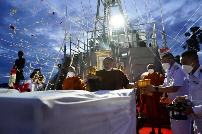 """5 เกจิดัง ร่วมปลุกเสก วัตถุมงคลเหรียญกรมหลวงชุมพรเขตอุดมศักดิ์ รุ่นเรือของพ่อ """"เรือ ต.91"""""""